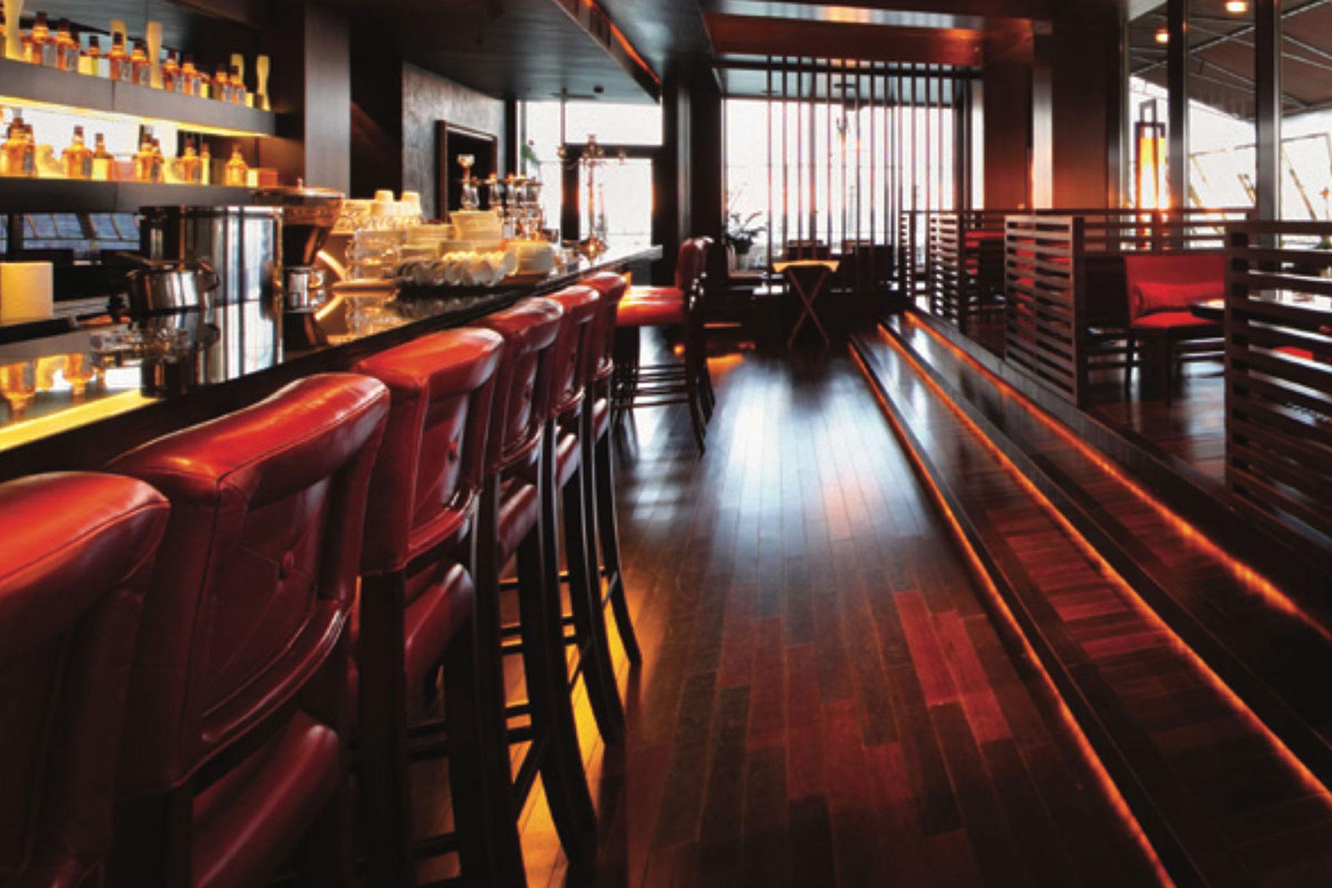 Hotels---Bar-Image