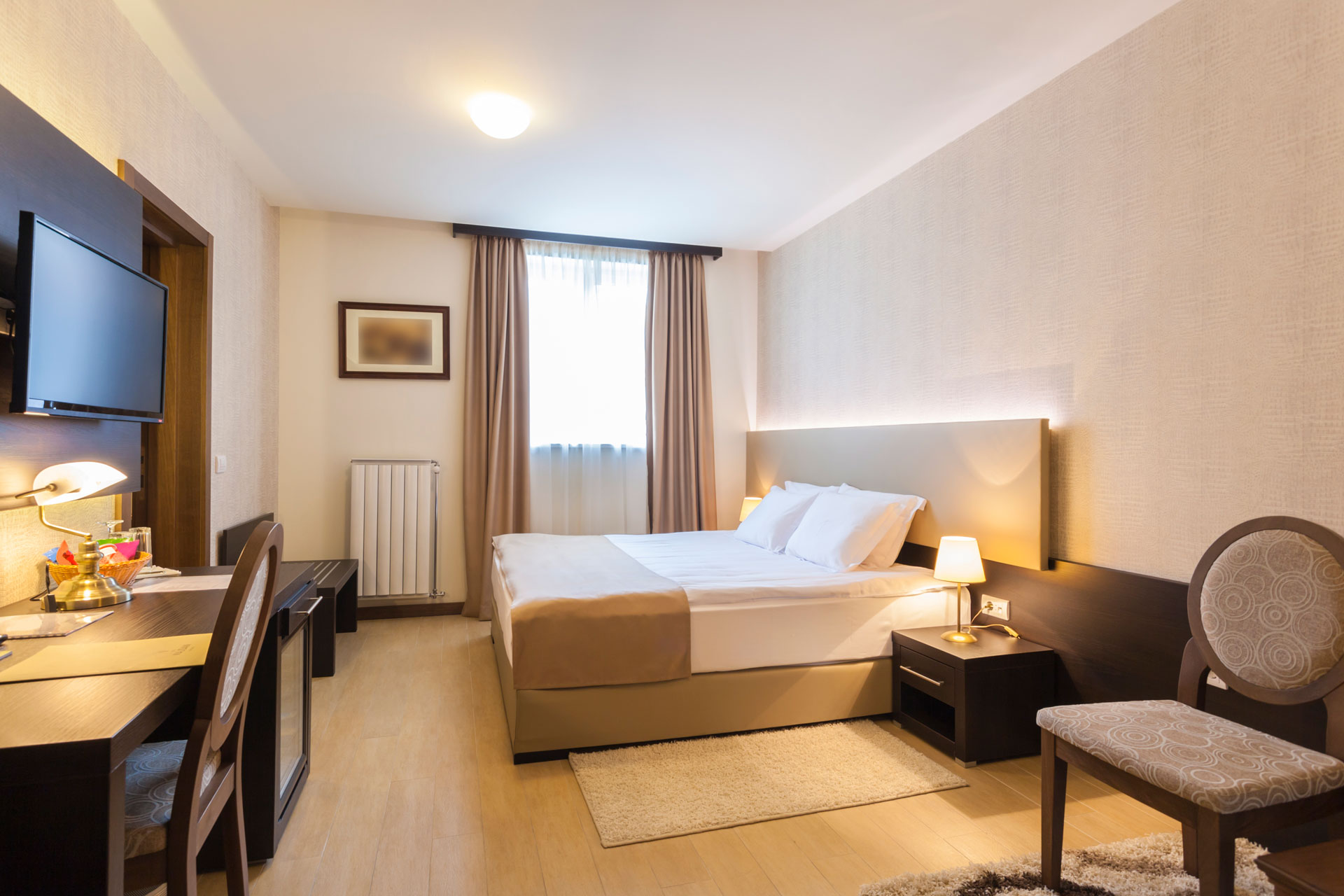 Hotels---In-Room-Image