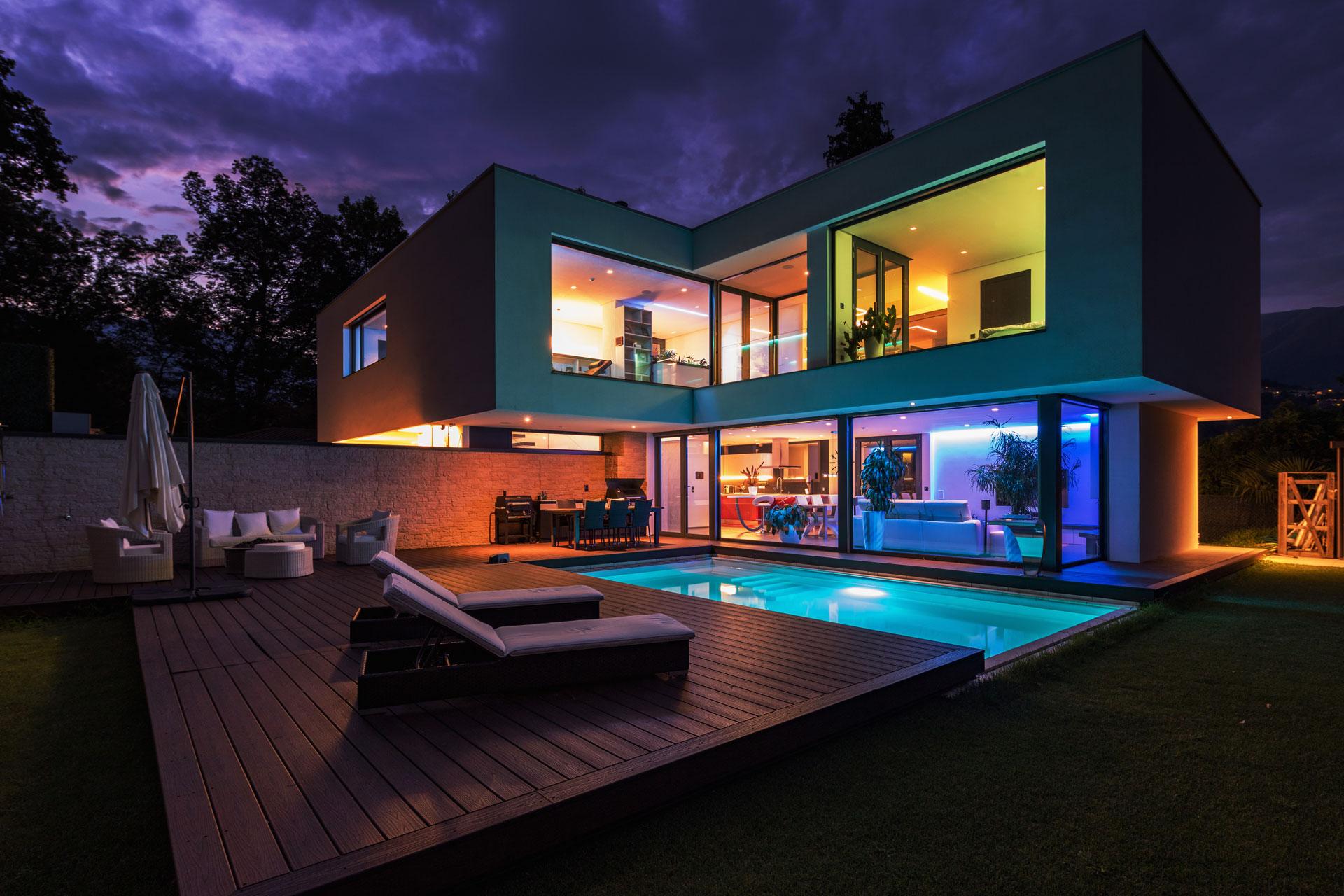 AB-Audio-Visual-Smart-Mood-Lighting-Iconic-Home-1920x1280-Image